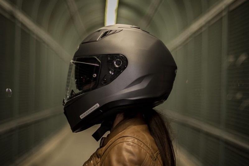HJC i70. Zaawansowany pakiet technologii dla ochrony twojej głowy