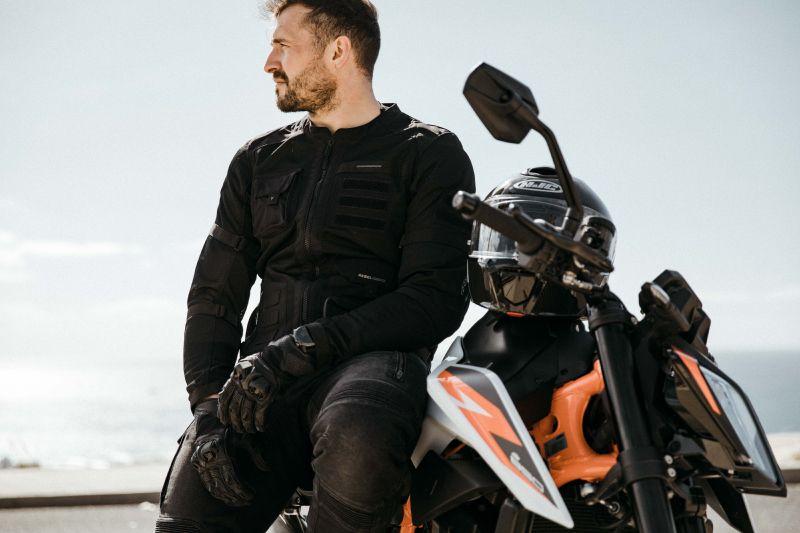 Jaką letnią kurtkę motocyklową kupić na lato 2021? Rebelhorn Brutale
