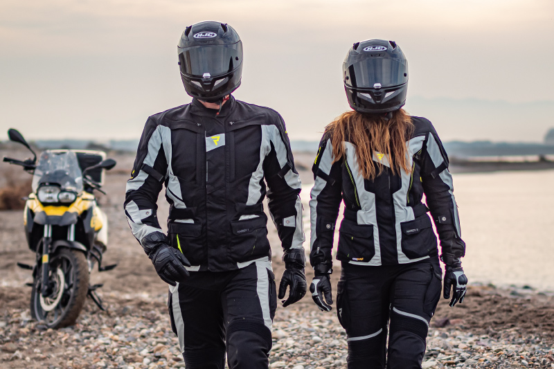 Jaka kurtka motocyklowa jest najlepsza dla podróżnika?
