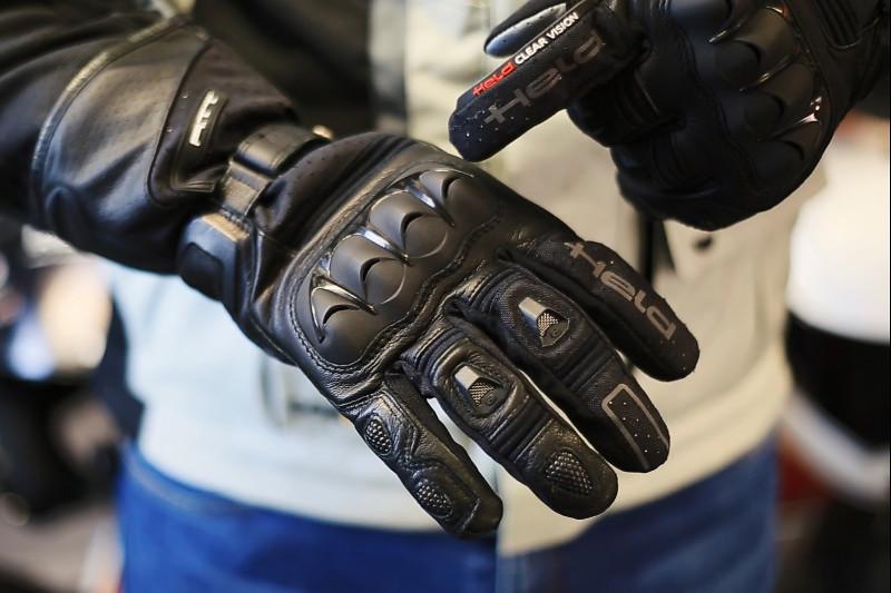 Rękawice na jesienne podróże. 4 znakomite propozycje Helda