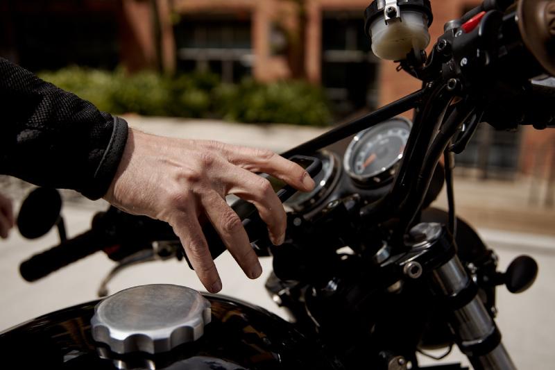 Uchwyty motocyklowe do telefonu - dlaczego warto kupić SP Connect