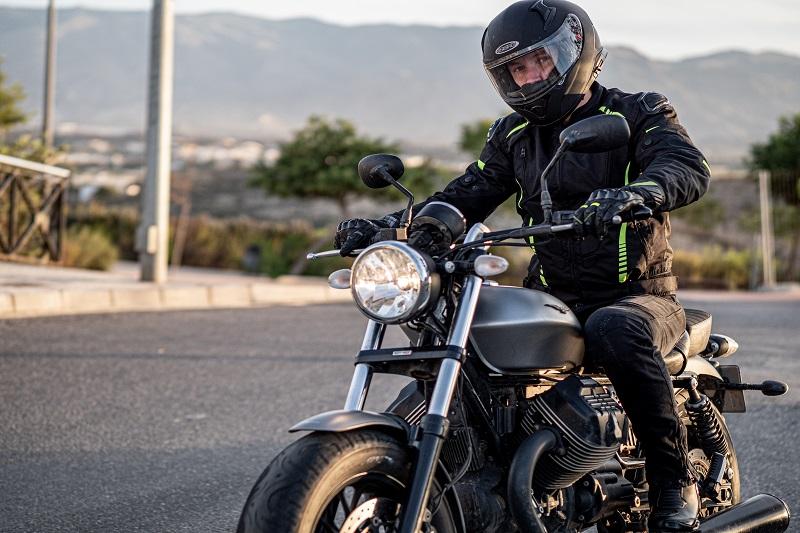 Odzież motocyklowa duże rozmiary. Niezastąpione Ozone