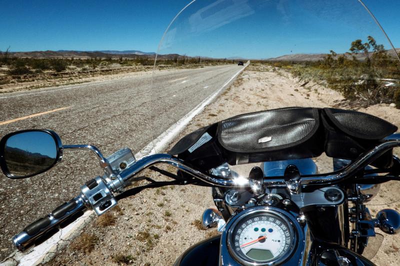 Jak zmieniać biegi w motocyklu? Szkoła jazdy DSM