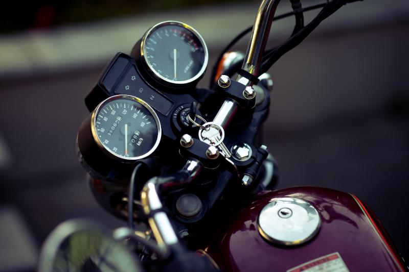 Uważaj na breloczki motocyklowe! Wymiana stacyjki jest droga!