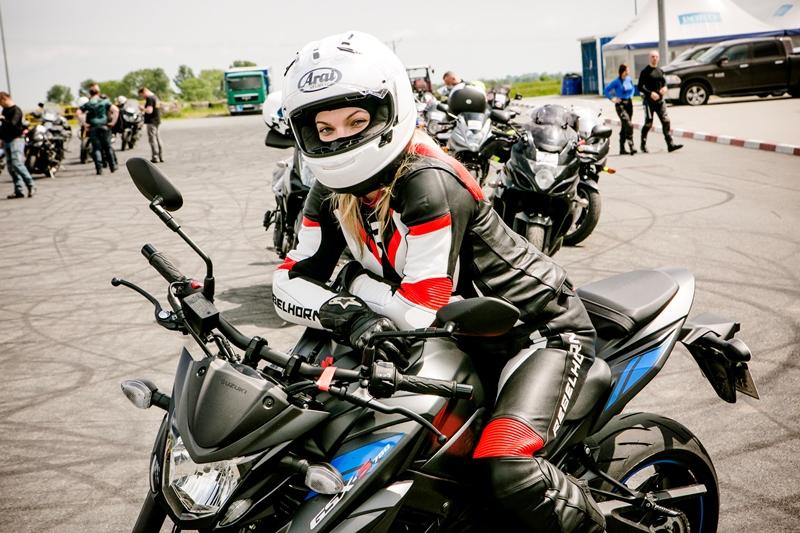 Rebelhorn Rebel Lady. Damski kombinezon motocyklowy stworzony wspólnie ze Speed Ladies