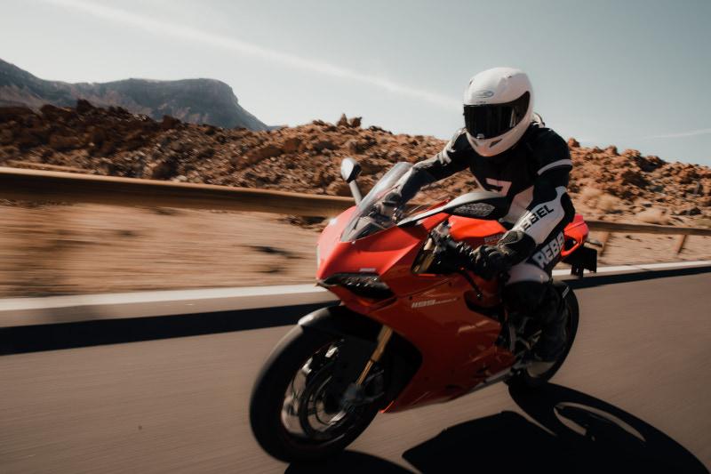 Układy cylindrów w motocyklach. Ducati vs Yamaha