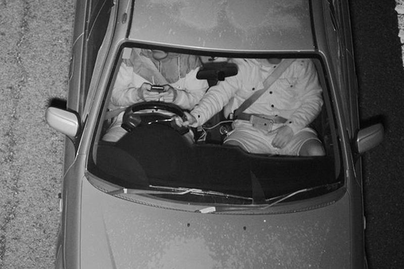 Fotoradar sprawdzi, czy używasz telefonu w czasie jazdy