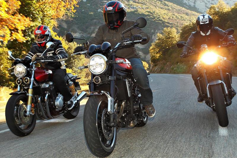 Kawasaki W800, Yamaha XSR 900, Honda CB 1100  - nostalgia po japońsku