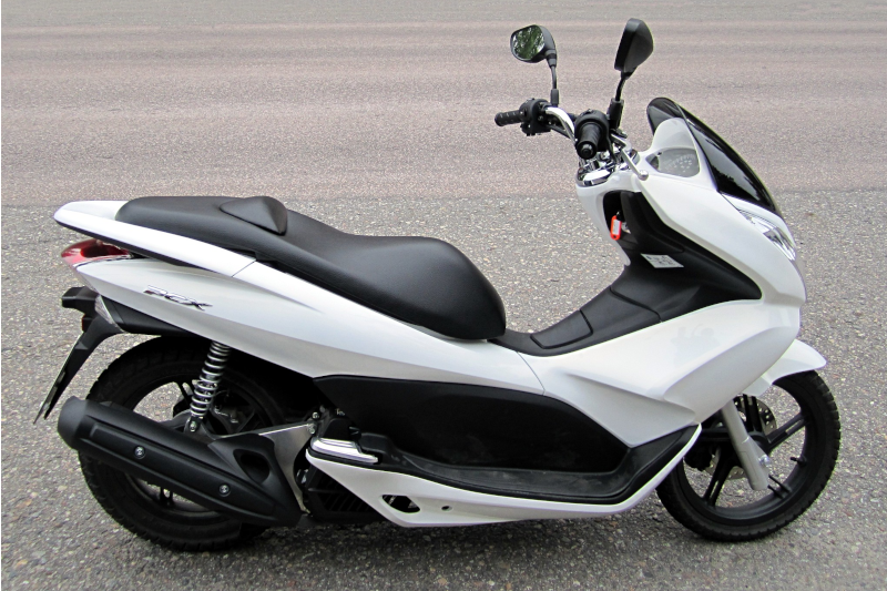 Honda PCX 125 - skuter idealny?