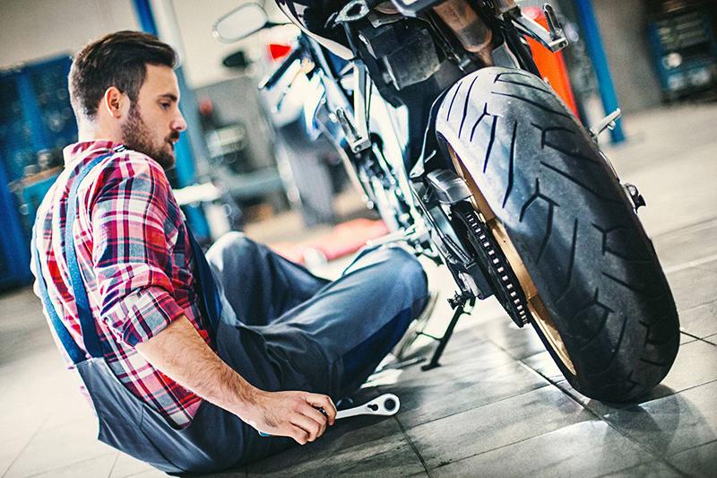 Motocyklowe oleje silnikowe – baza wiedzy