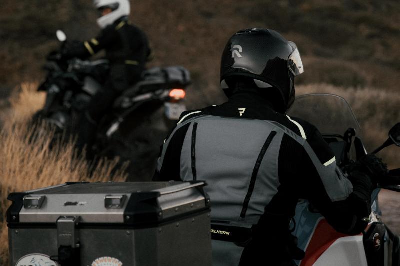 Najlepsza tekstylna kurtka motocyklowa. Jak ją znaleźć?