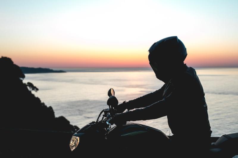 Najbardziej wypasione malowania kasków motocyklowych HJC. Przegląd kolekcji 2020