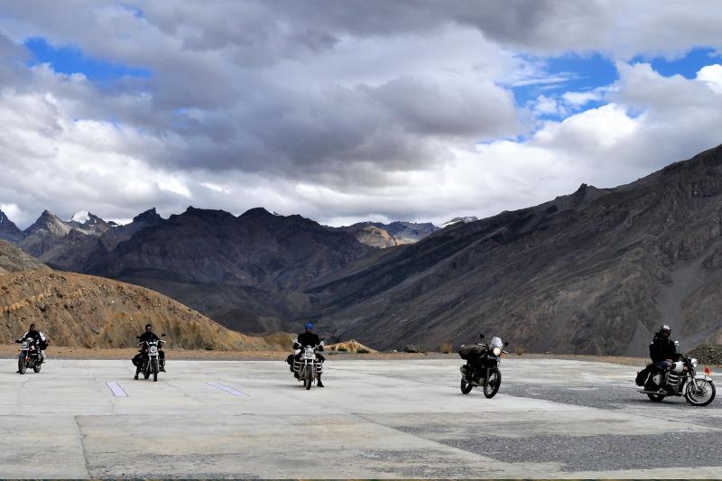 Jaki motocykl turystyczny kupić? Szukamy maszyny na daleką wyprawę