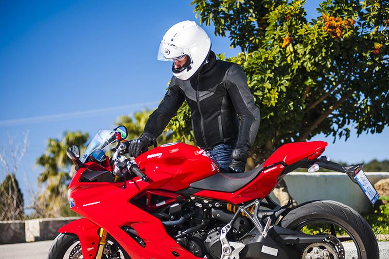 Rebelhorn Rocket - wszechstronna i stylowa kurtka motocyklowa