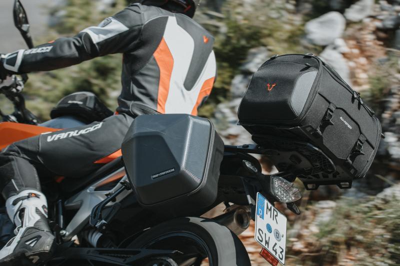 Jakie kufry do motocykla kupić? Czy zawsze warto oszczędzać?