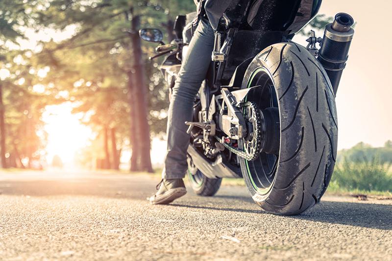 Używane czy nowe opony motocyklowe? 6 wskazówek
